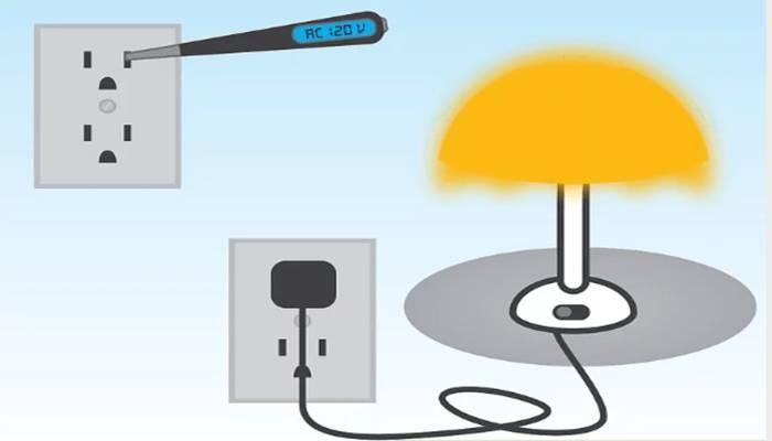 Cómo Instalar Un Tomacorriente Triple: Prueba de voltaje