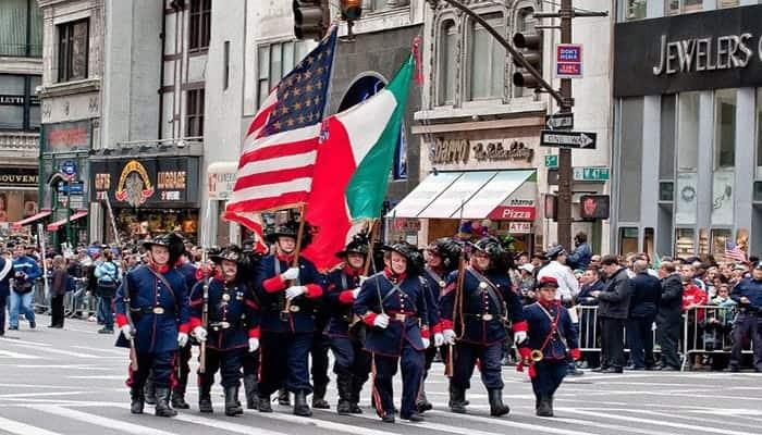 Desfile del dia de Cristobal Colon