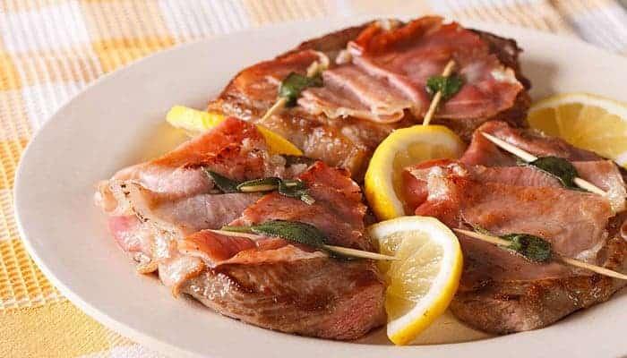 Saltimbocca comida típica de roma