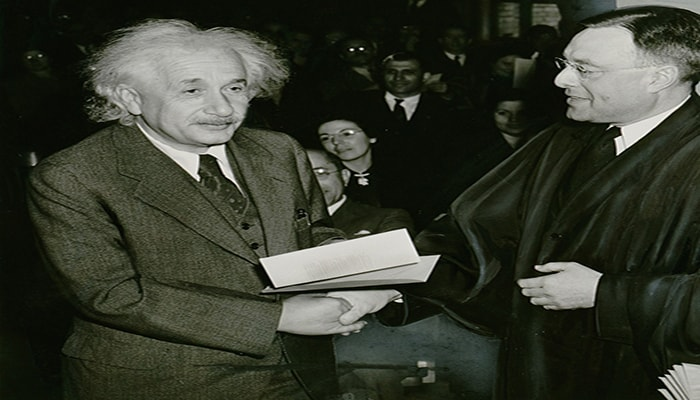 datos curiosos de Albert Einstein