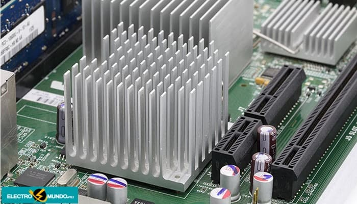Disipadores Para Equipos Electrónicos - Tipos Y Cálculos Térmicos